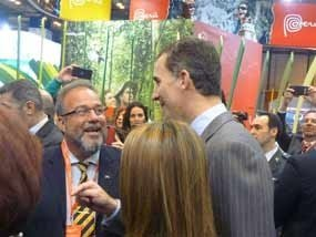 El Príncipe de Asturias visita stand de Cuba en Fitur 2014